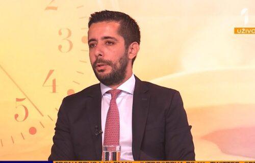 Toma Momirović u emisiji UŽIVO rekao je ove stvari o VUČIĆU i Vladi! Filip Čukanović je ostao bez teksta