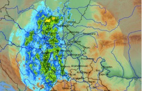 RHMZ objavio najnovije saopštenje i MAPU oblaka koji stižu u Srbiju! Evo gde će kiša LITI kao luda