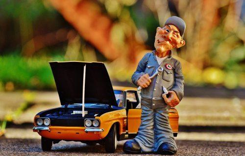 Ključni delovi automobila: Kada bi trebalo zameniti ulje, filtere, zupčasti kaiš...