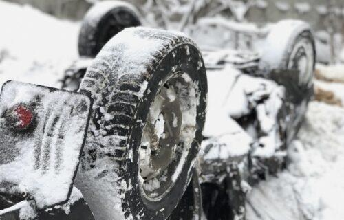 Vozači, oprez! Ako izazovete udes bez zimskih guma - plaćate svu štetu