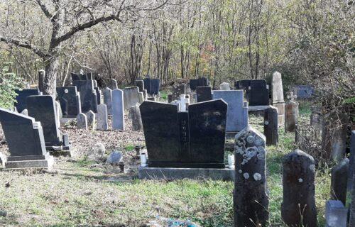 Muž na sahrani oplakivao ŽENINU smrt, a onda mu je s leđa prišla - ONA! Sledio se kad je otkrio istinu