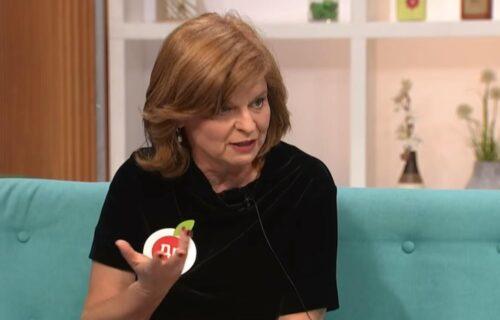 Doktorka Ana objasnila: Voli li korona PUŠAČE i šta da pomirišete i proverite imate li simptome!  (VIDEO)