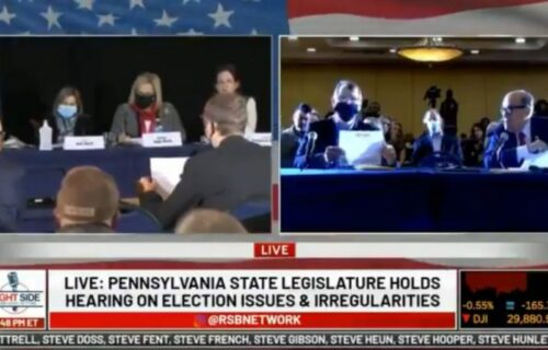 """Izbori u SAD su ipak bili """"NAMEŠTENI""""! Trampov tim dokazao krađu, publika odmah reagovala (VIDEO)"""