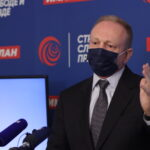 Licemerje: Đilasov portal kritikuje EU zbog vakcina, a ne priznaju Vučiću da spasava živote