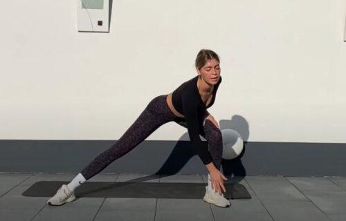 Izgleda jednostavno, ali pokušajte da odradite svih 15 minuta treninga (VIDEO)