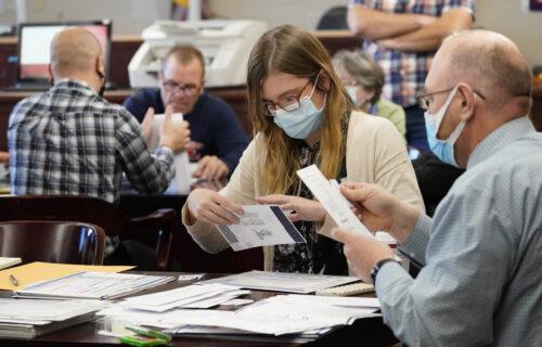 Otkrivena VELIKA PREVARA na američkim izborima: Mentalni bolesnici iskorišćeni za krađu glasova