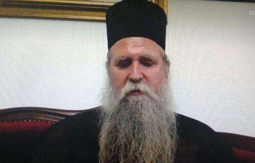 """""""Odlazeća vlast ima zlu nameru"""": Vladika Joanikije iza PROTERIVANJA Božovića vidi nešto MRAČNIJE"""