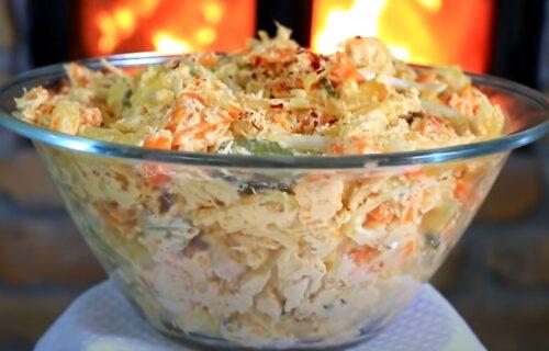 Sa ovim ne možete da omanete: Kremasta krompir salata sa piletinom (RECEPT+VIDEO)