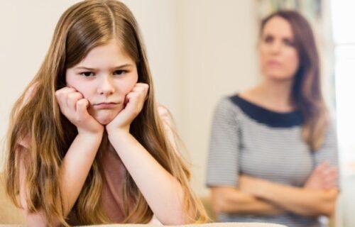 Kada dete počne da se INATI, ovo nipošto ne smete da URADITE