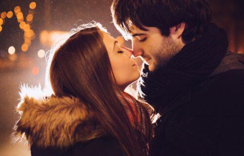 Nova dimenzija poljupca: 4 razloga zbog kojih zatvaramo oči dok se ljubimo