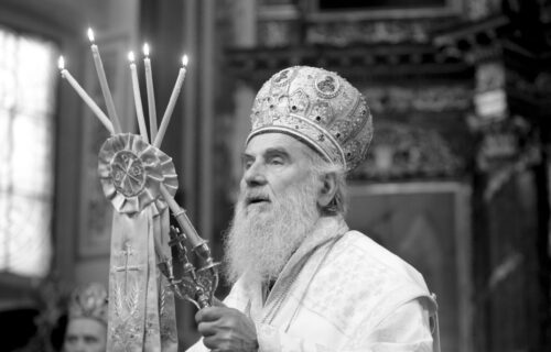 Biće sahranjen na PRAZNIK koji je najviše voleo: Sveštenik Andrić se prisetio Irinejevih reči (FOTO)