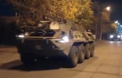 Ruski oklopnjaci i pešadija napreduju ka Karabahu, imaju važan zadatak (VIDEO)