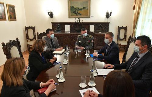 Ministar Stefanović se sastao sa Majom Gojković: Razgovarali o važnim temama (FOTO)