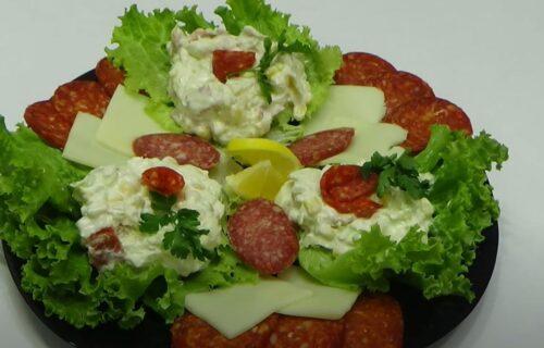 Lako, brzo i prste da poližeš: Neodoljiva krem salata sa piletinom (RECEPT+VIDEO)