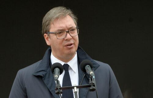 Predsednik Vučić uručio zlatne medalje za izuzetne zasluge pripadnicima Vojske Srbije