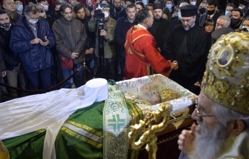 Danas su svi gledali u ZELENI POKROV na kovčegu patrijarha: Evo šta simbolizuje, ima duboko značenje