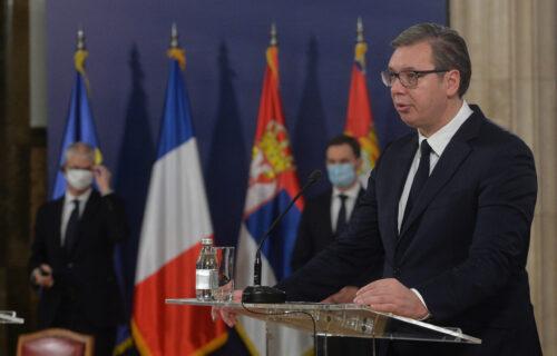 D'Esten je obeležio modernu istoriju: Vučić izjavio saučešće narodu Francuske