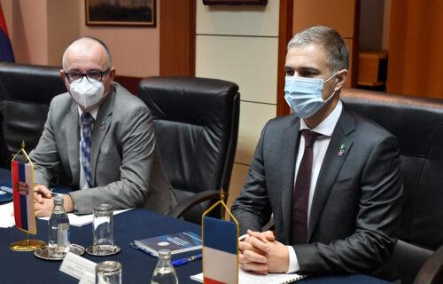 Važan sastanak: Ministar Stefanović sa ambasadorom Francuske o BITNIM temama