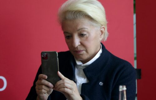 Mirjana Karanović u JUTARNJEM izdanju: Bez šminke i RAŠČUPANA, niste je ovakvu videli (FOTO)
