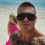 Darin 22 godine mlađi bivši dečko GORI od ljubomore: POKAJAO se zbog raskida, piše joj svaki dan