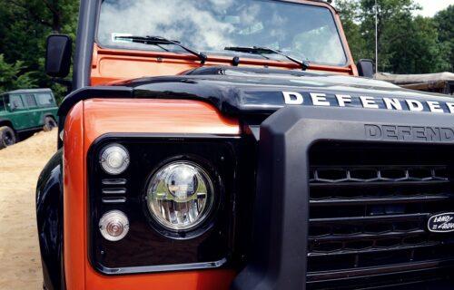 Čuveni terenac u novom ruhu: Ovakav Land Rover bi svako poželeo u garaži (FOTO)