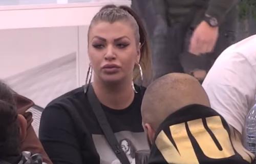 Miljana Kulić koristila LAŽAN test za trudnoću?! Zadrugari je RASKRINKALI, Zola sve otkrio! (VIDEO)