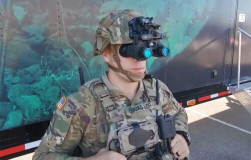 """Američka optika """"gleda"""" iza ćoška: Tehnologija u službi vojnika (VIDEO)"""