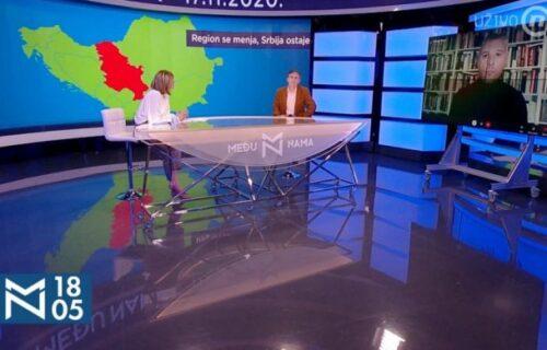 """VELIKI SKANDAL u programu uživo: Televizija """"Nova S"""" bez blama oduzela Srbiji deo teritorije (FOTO)"""