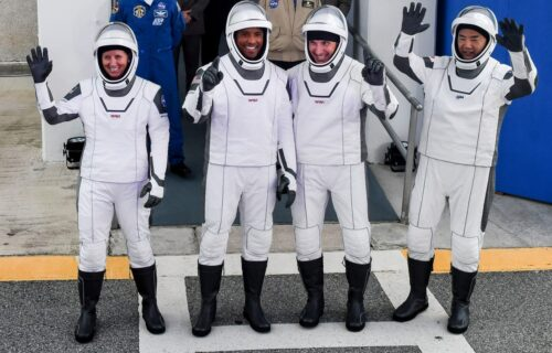 SpaceX lansirao raketu u svemir: Četiri astronauta na putu ka Međunarodnoj stanici (VIDEO)