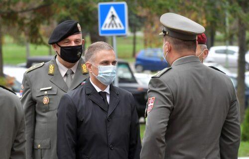 Ministar Stefanović u obilasku Komande za obuku: Važno je da se pripremimo za sve izazove koje nosi vreme