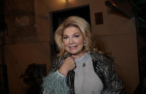 Ova šarmantna plavuša je rođena SESTRA Suzane Mančić: Veoma liče, a u javnosti je RETKO viđamo! (FOTO)