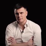 """Mnogi nisu znali da je SIMPATIČNI DEČAK iz """"Otvorenih vrata"""" Vuk Kostić: Tada je imao 16 godina (FOTO)"""