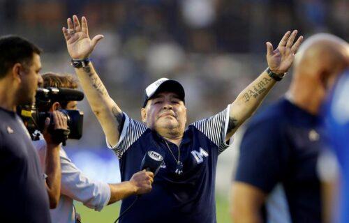 Samo je Maradona smeo da psuje papu: Dijego se odrekao katoličke crkve, a za to je imao SJAJAN razlog