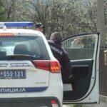 Užas u Kragujevcu: Muškarac skočio kroz prozor SUDA kada su ga priveli zbog prekršaja