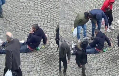 HOROR kod Zelenog venca! Čovek leži krvav, ljudi se okupili da mu pomognu (VIDEO)