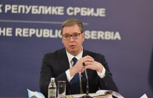 Predsednik Vučić se oglasio iz Predsedništva: ZAHVALIO se ovim ljudima, pa NAJAVIO važnu stvar (FOTO)