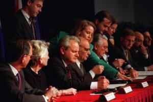Četvrt veka od kraja rata - ili kako mi je bosanska muzika pomogla da ga shvatim