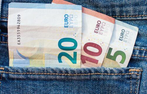 Zvaničan kurs dinara: Objavljeno koliko košta evro