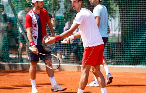 Čak i Đokovićeva slika otvara vrata: Lajović se nekoliko puta ograbao za besplatnu hranu zbog Novaka