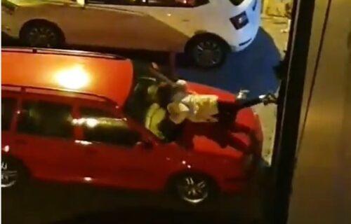 Šta radi ova devojka na HAUBI? Šok snimak iz Novog Sada neke podsetio na Ljupku Stević (VIDEO)