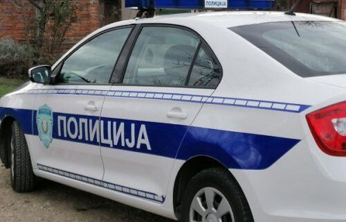 Sekli auto i izvlačili povređene: Tri osobe TEŠKO povređene u udesu na Konjarniku