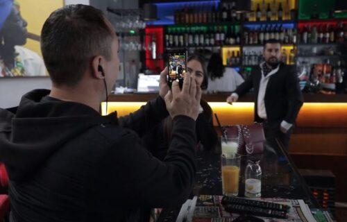 Svet nije dovoljan: Telefon srpskog Džejmsa Bonda oduševio javnost! (VIDEO)