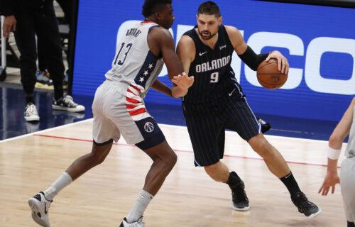 NBA komedija: Rezultat se lomi, a on zakucao loptu u sopstveni koš (VIDEO)