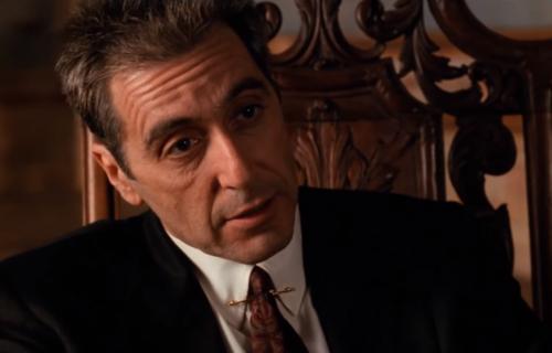 """Čuveni američki filmski kritičar o """"Kumu 3"""": """"Što bi Srbi rekli, dokon pop i jariće krsti"""""""