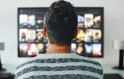 Roditelji BACILI sinu (42) ogromnu kolekciju filmova za ODRASLE, usledila je brutalna kazna