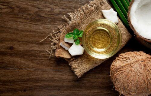 5 načina da iskoristite kokosovo ulje: Pomaže protiv opadanja kose i peruti (RECEPTI)