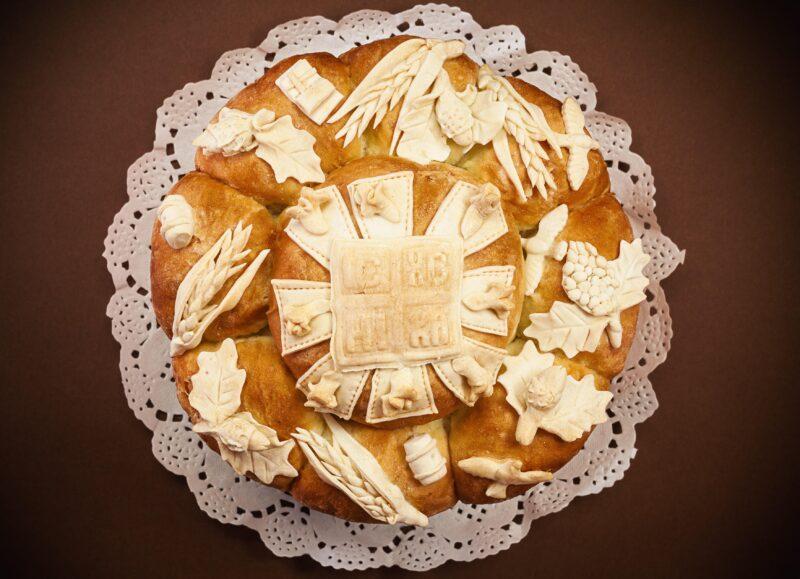 Kako da ne puca slavski kolač