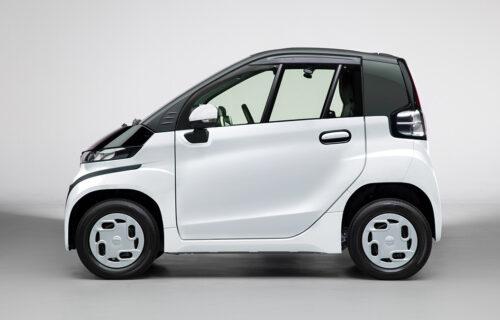 Plastična Toyota na baterije idealna za gradsku gužvu (VIDEO)