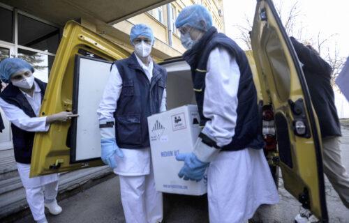 Nove doze stigle u Srbiju: Više od 18.000 Fajzerovih VAKCINA za naše građane