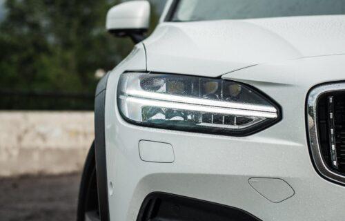 Volvo XC100 u očima dizajnera: Rado bi provozali ovaj luksuzni SUV kupe (FOTO)